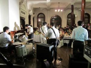 香港上海バンド演奏
