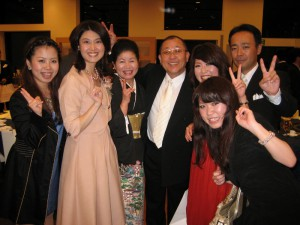 利之さん・咲子さんのご家族と再会! (800x600)